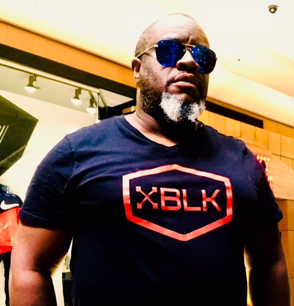 "Men's Black ""XBLKHEXRED"